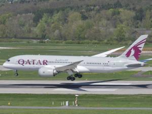 size_590_qatar-airways