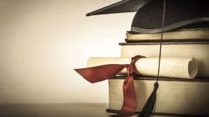 size_810_16_9_diploma_e_livros